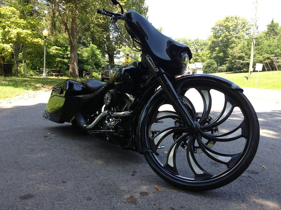 Bikebagger on custom road king baggers