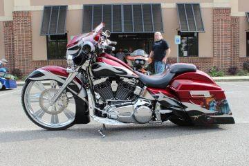 Custom Bagger Shop Harley Davidson
